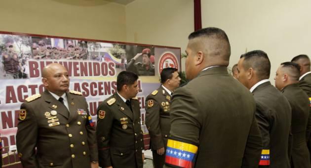 el acto de ascensos militares de los generales de la fuerza armada